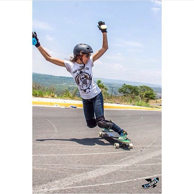Valeria Figueroa de @longboardgirlscrewmx! She's so rad.  OnBoards photo.  #longboardgirlscrew #womensupportingwomen #skatelikeagirl #girlswhoshred #valeriafigueroa #mexico #lgcmexico