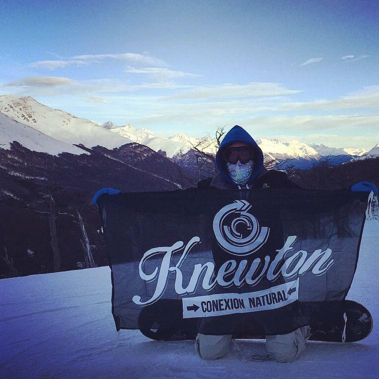 Knewton en el fin del mundo! De la mano de TCMC! Más .:Conexión Natural:. que nunca!  #TRIP #FRIENDS #CERROCASTOR #SNOWBOARD #USHUAIA #ARGENTINA #SNOWTRIP #TRANKASTYLE #CONEXIONNATURAL #KNEWTON