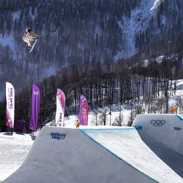 @sagekotsenburg #GOLD (Photo @sceneimages )