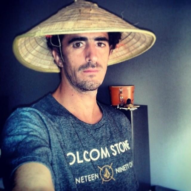 Vietnam style por @dieguephotos #volcomfamily #volcomfavoritetee #SS14