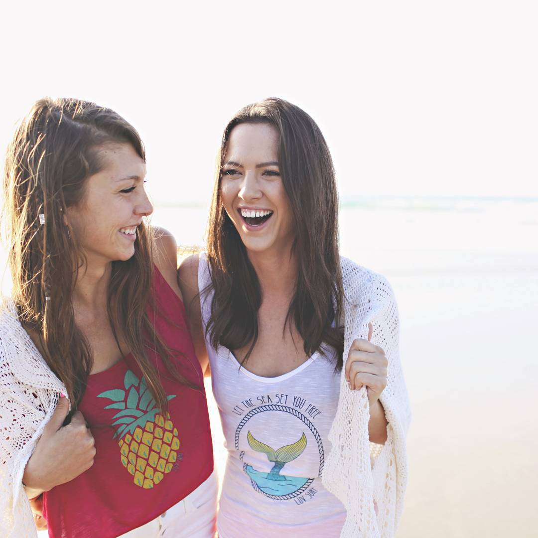 WHEN IN DOUBT // LAUGH IT OUT. We #believe lifes problems should be solved with a quick case of the giggles. #luvsurf #giggles #laugh #beach #bestfriend #playoutside make time for #fun !
