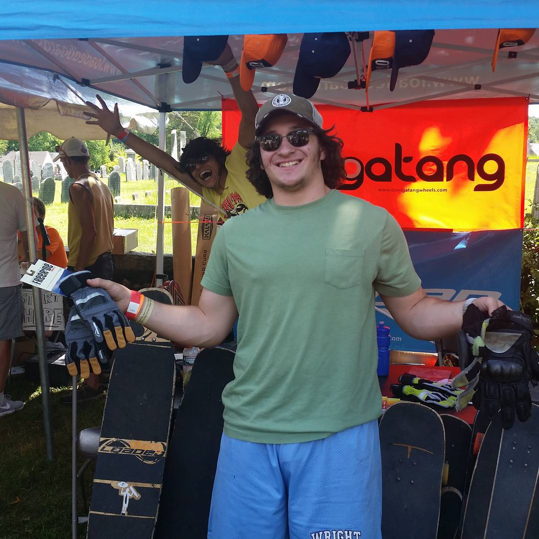 From old to new, someone at #CentralMass6 got lucky and snagged a pair of the new #FreerideGlovesV7 at the #LoadedBoards booth!  Shred on buddy, welcome to the future.  #Orangatang #CM6