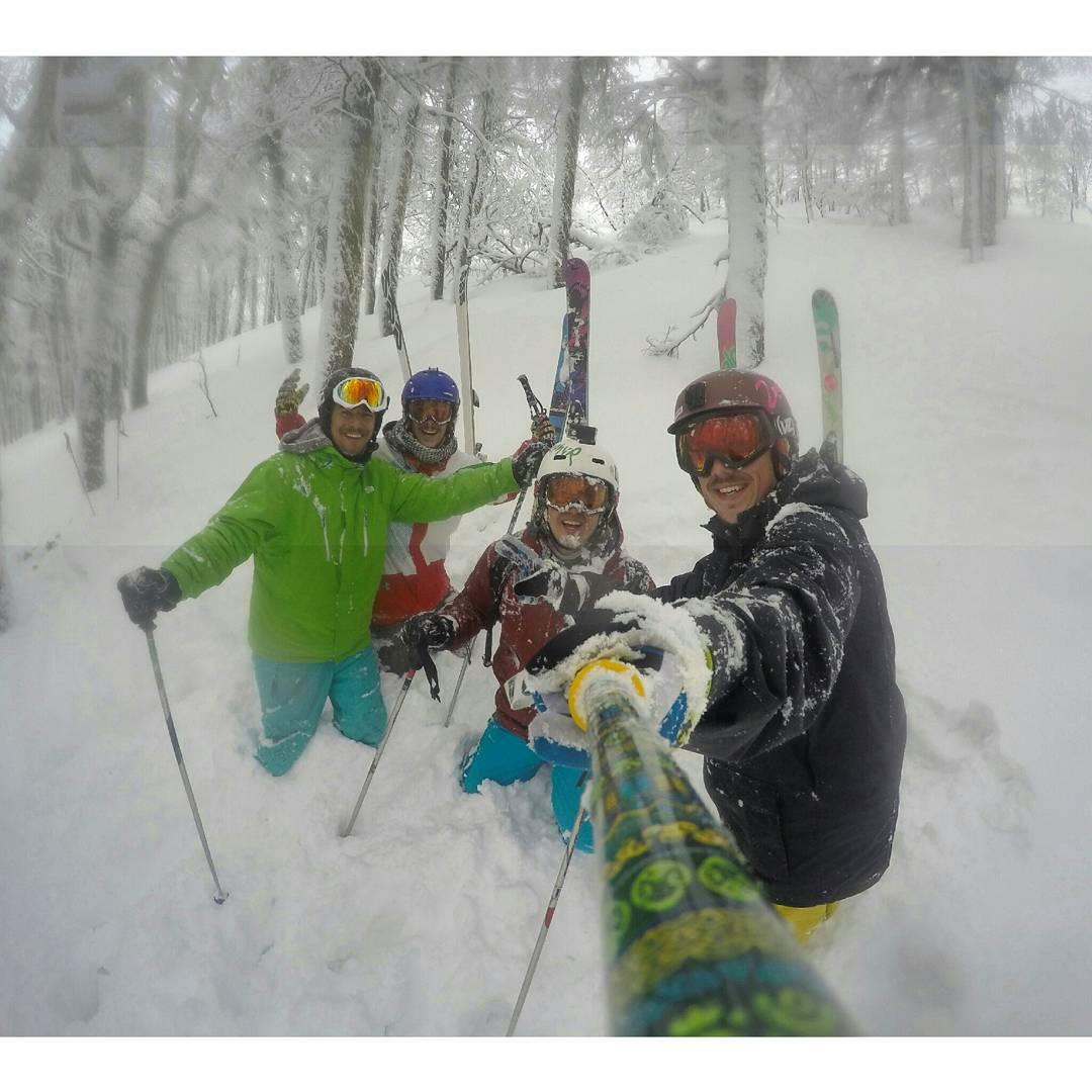 Terrible la nieve en @cerro_chapelco !!
