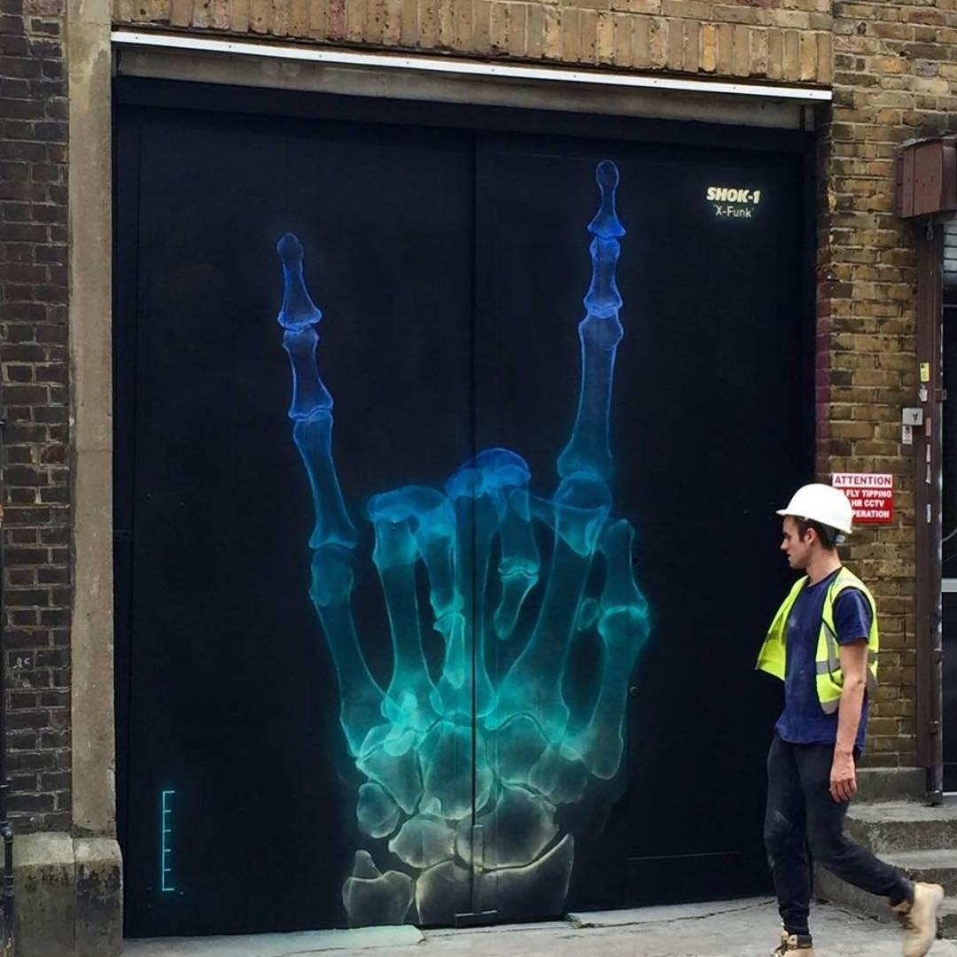 Let's go to work son!! By @shok_1 in London