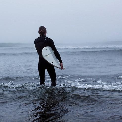 Good morning! #surfsup #morningsurf #revbalance #goodmorning #surf #sup #waves #train #ocean #findyourbalance #surfing #fitness #fun #healthy #activelifestyle #progress #workhard #trainhard #livelife #ridethewaves #water #boardsports #revolution...