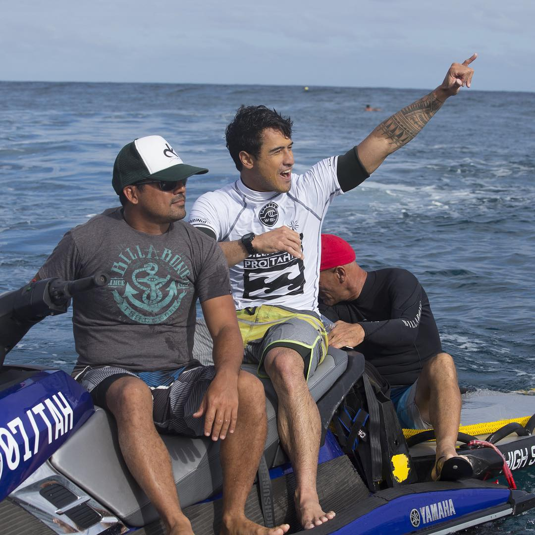 A huge congrats to Tahitian Taumata Puhetini on winning the @airtahitinui Billabong Trials! He was on fire all day nailing the highest wave score of the the trials, and will be going up against the world's best in the #BillabongProTahiti. Tune in...