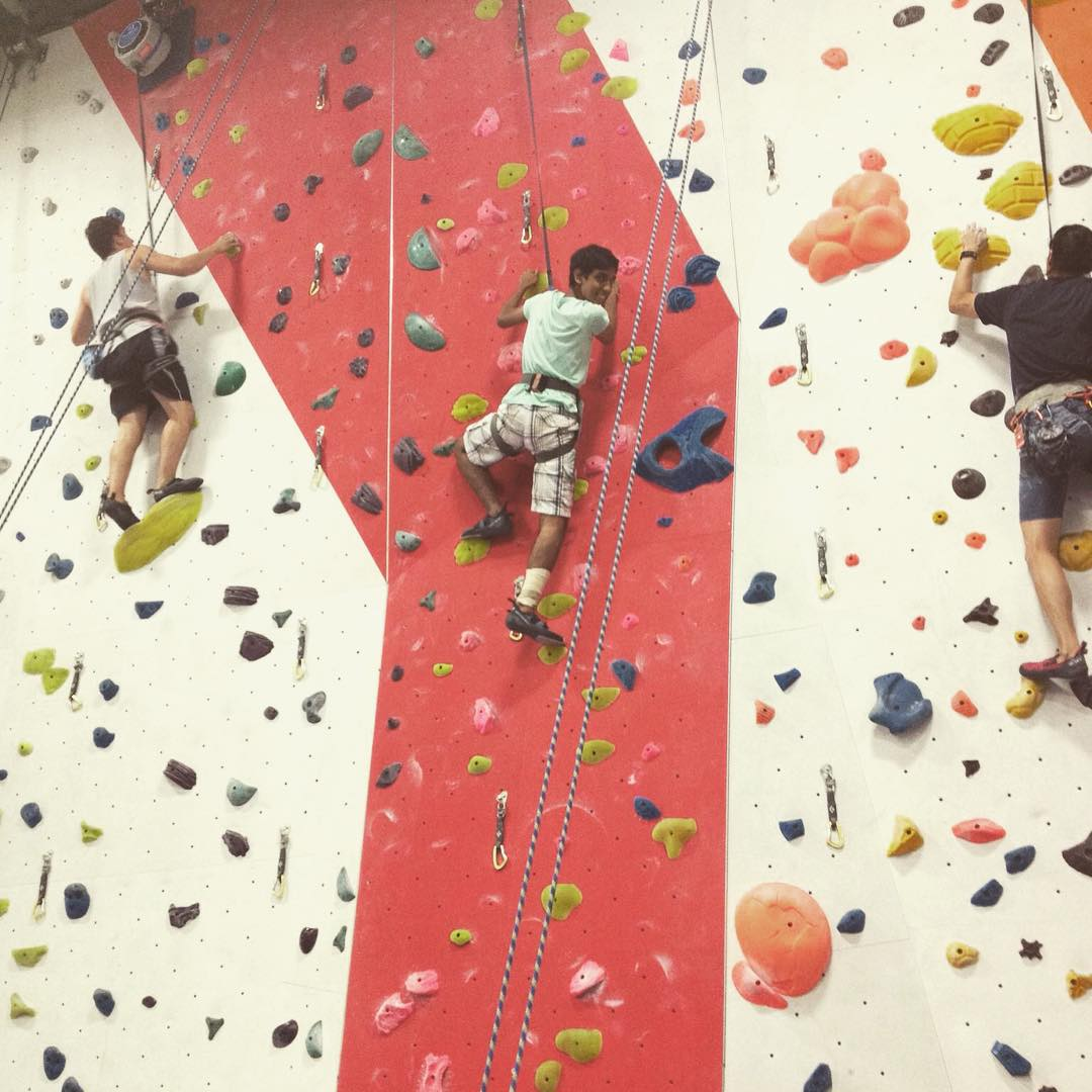 Pushing our limits at @thecliffslic.  #thecliffslic #climbing #rockclimbing #teamwork #indoorclimbing #rockwall #confidence #support #youth #community #fun #smiles #lifeskills #determination #friendship #drive #nyc #citykid #mentor #volunteer #inspire...