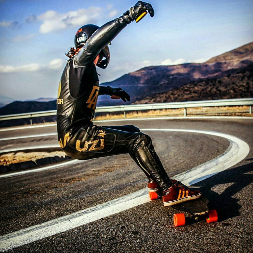 Lathered in leather, #orangatangambassador @diegoalemparte stands up to the taboo of not putting a hand down while in race attire.  Photo: @caiopepeline  #Standuptotheman #Orangatang #orange #kegels #regram