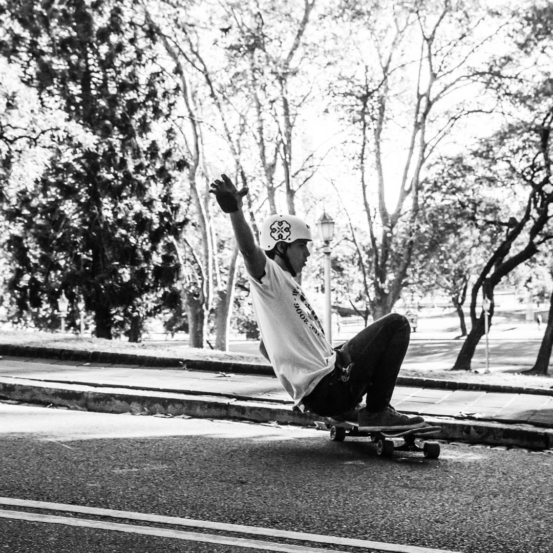 Dale que llegamos a la meta! Casi fin de semana pero nosotros nos adelantamos y salimos a andarxandar hoy mismo!  www.wikasport.com  #WikaSport  #wheels #Longboard #longboarding #longboards #longboarder #longboardlife #longboarders #longboard4life...