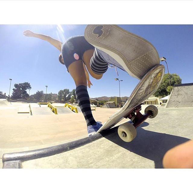 #Perspective. @huntahlong #xshelmets #skate #momentintime #xsteam #girlswhorip
