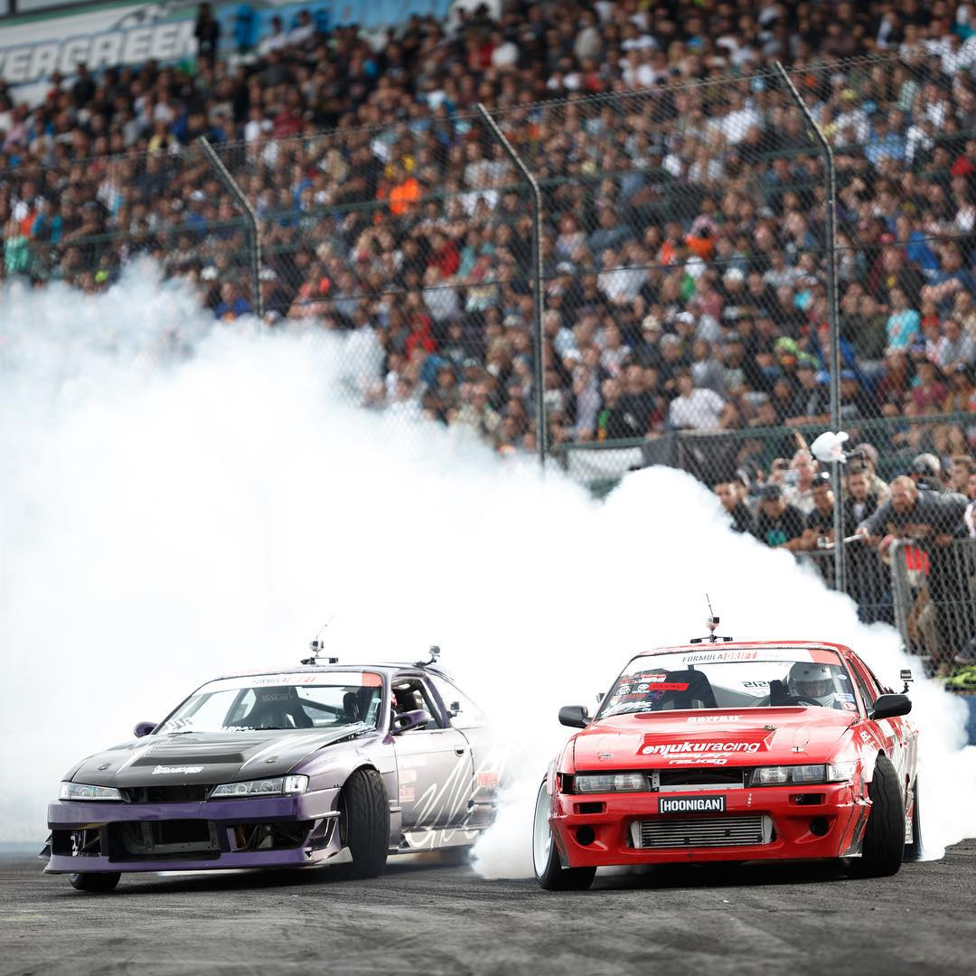Throwback to #FDSEA with our dudes @patgoodin and @geoffstoneback, who are you rooting for next weekend at @formulad round 6 in Texas? #killalltires #supporthooniganism