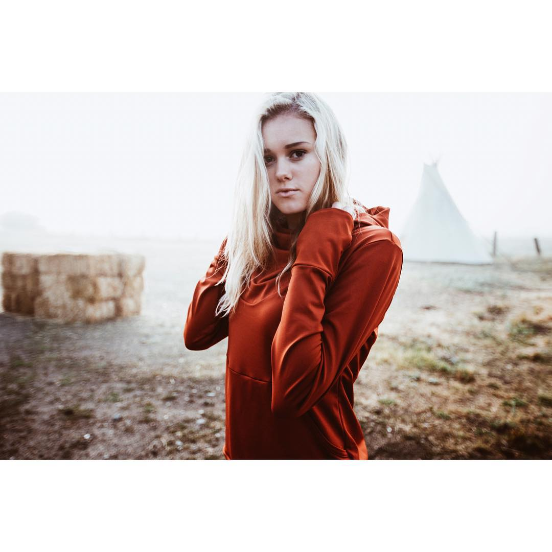 The Fontanillis hoodie in nova red.  @sarahmeowris by @maxrainoldi  _ #desolationsupply #itswayoutthere #DESO