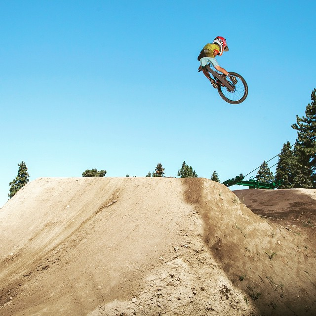 @dangerboydeegan just started hitting the mountain bike trails. Throwing some #style. #mountainbike #trails #downhill @cannondalepro #dangerboy #whip #summit #jumps