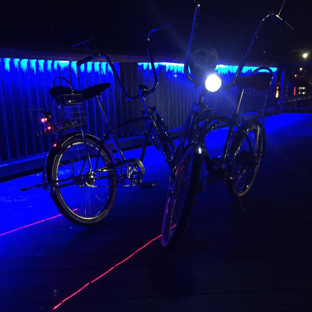 Sorry for another bike pic... #nofilter #lowrider #bicycle #sonomafia #JustSendIt #bananaseat #stingray #mybikehaslasers @kateemcneil @thespreadsono @harlanpublick #thespread #HarlanPublick