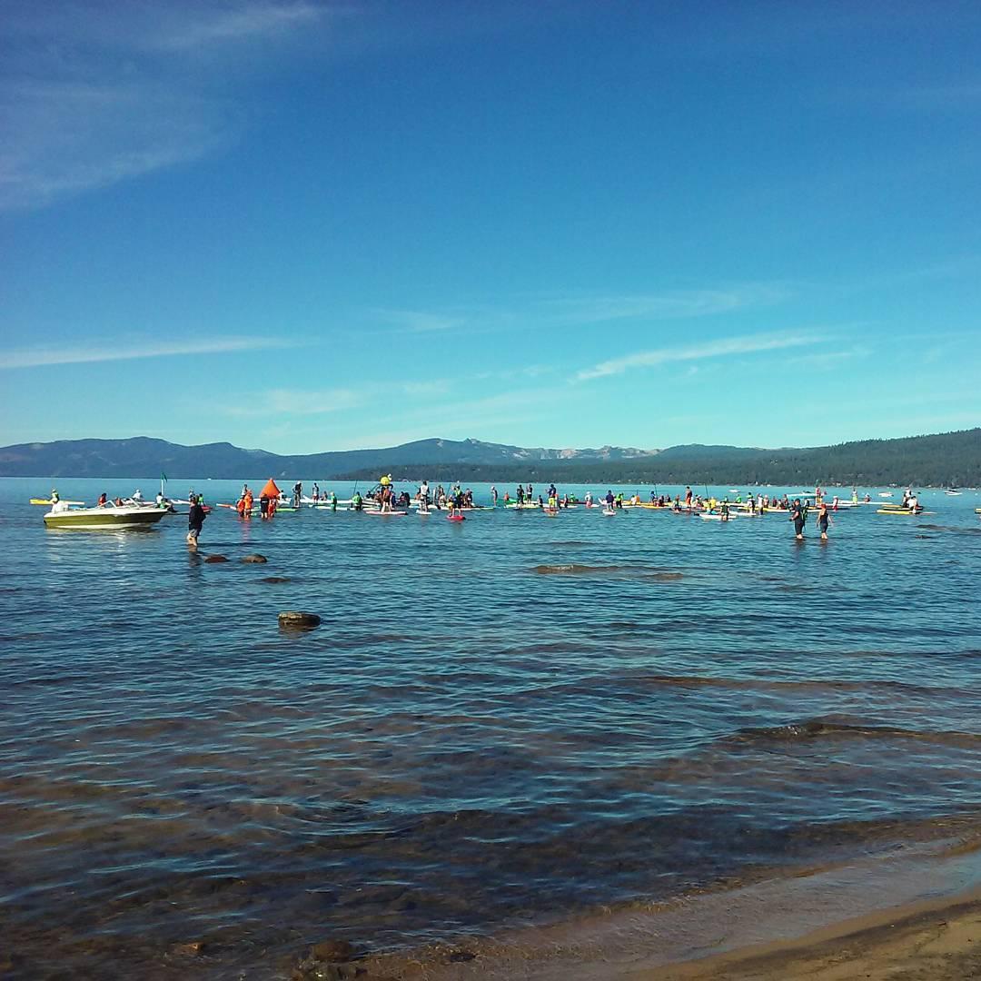 Paddleboarders have started getting in the water! #TahoeNalu #Ca89 #Kingsbeach