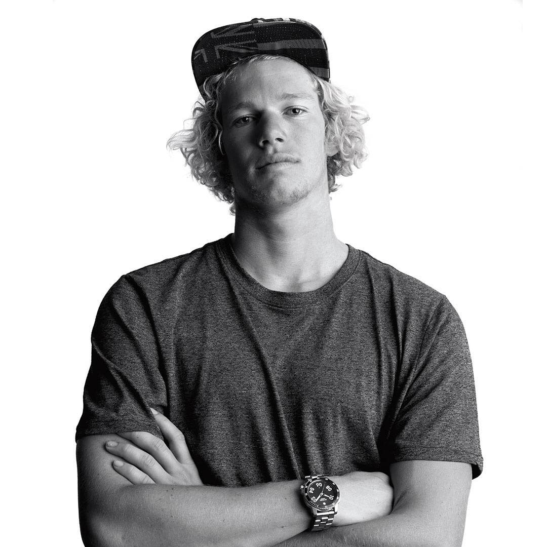 Coming off of a recent injury, we are amped to see @john_john_florence back in the lineup at the @WSL's #BillabongProTahiti.  #Ranger #NixonNow #NeverNotKnow