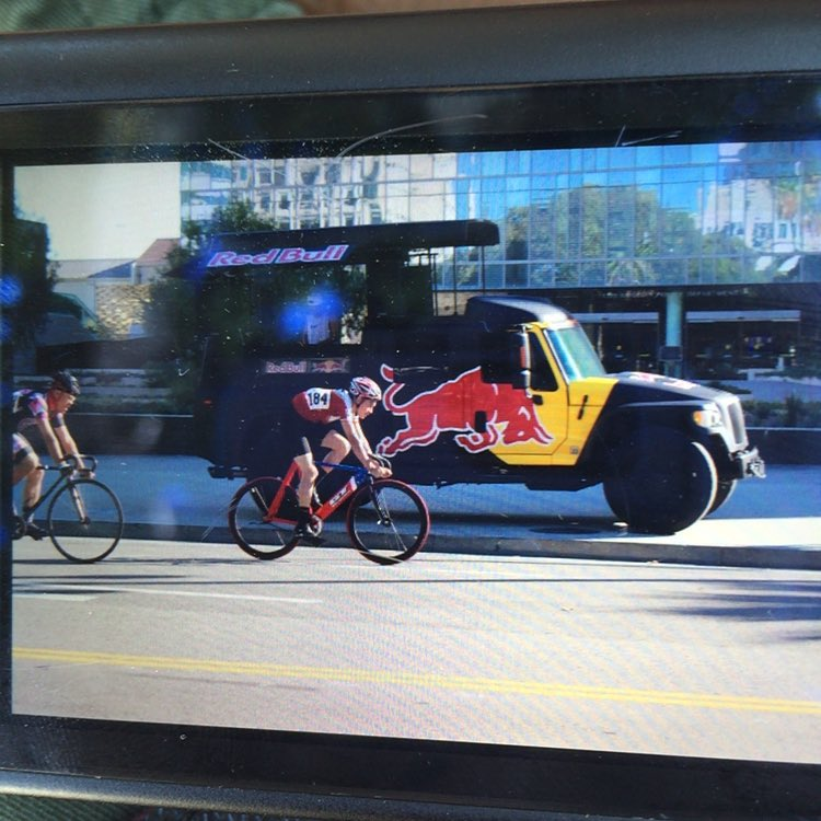 @nycl_david came out to LA for the #wolfpackhustle #civiccentercrit just finished qualifying.... Lookin good! #trackbike #fixie #redbull #messenger