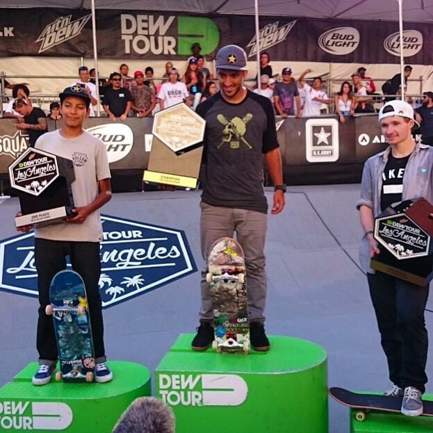 @kelvinhoefler foi o campeão do Dew Tour neste sábado em Los Angeles! Parabéns mestre! #qixteam #qix #skate #KelvinHoefler #skateboard #skateboarding #DewTour #skateboardminhavida