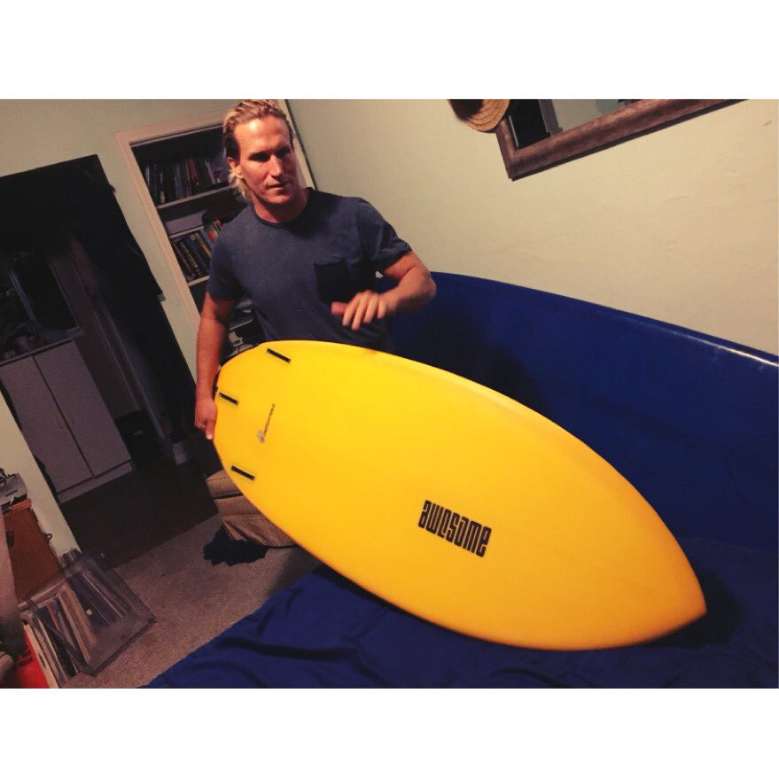 Chris checking out his new peanutter. 5'3x21x2 1/2 with 30.8 l  #awesomesurfboards #awesome #shredsled #peanutter#surfboard #surfboards #surfing #santacruz