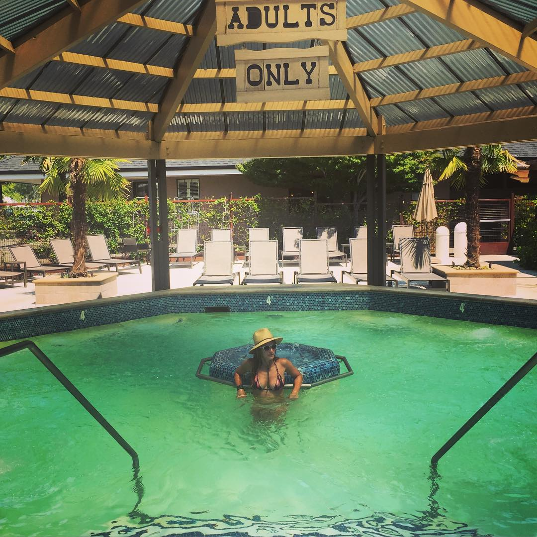 Adult Swim #nationalrelaxationday #spaday #calistoga #hotsprings #100Degrees #summer #napa