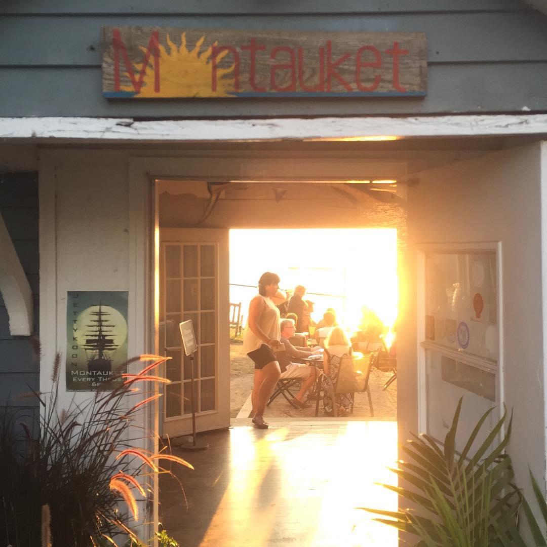 Best #sunset in #montauk #JustSendIt #montauket #surfing #vacation #surf #MTK #beach @zayjmad191 @kateemcneil @dboneee @ryehoff
