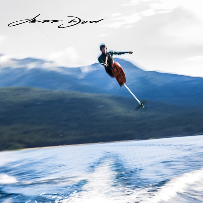 Blur the lines, leave doubt behind and touch the sky!!! #HighFive @jeffdowphoto & thank you @centurionboats, @boostcreative, @skyskihydrofoils & #FullThrottleTahoe for this magical disconnection from the ground!!! #LookNaaNoCanes | #TeamCenturionBoats...
