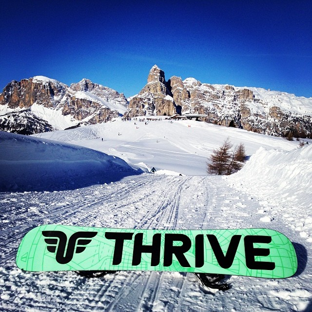 Thrive Relentless perfect board to conquer the Dolomites #italy #snowboard #alps