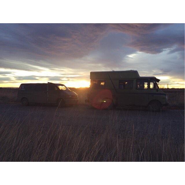 Los Rancheros Silvestres están volviendo a Bariloche y el sábado en la #VansMusicNight estarán presentes en el estreno de su road movie ❄️
