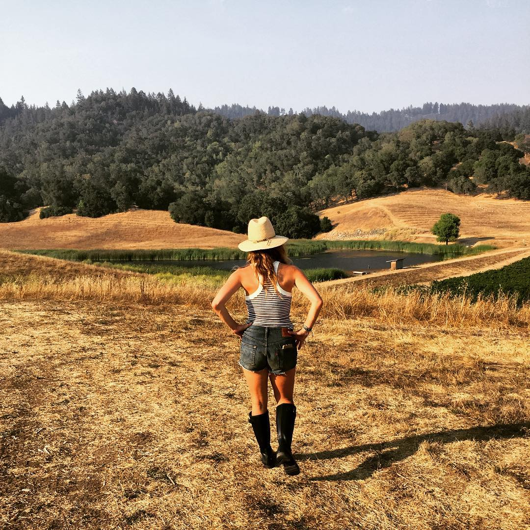 I don't mind Monday's when I think back on all the awesomeness from the weekend #hustling #backtothegrind #sanfrancisco #napa #summer #farmlife