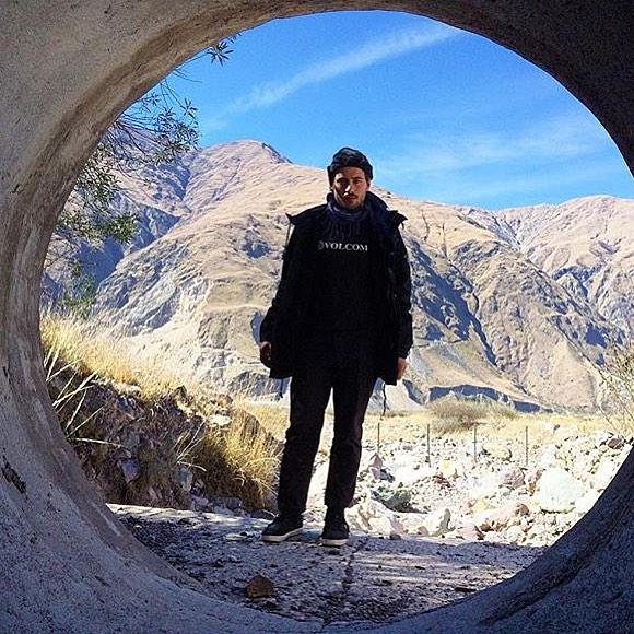 La belleza del contraste: @santiagorossi de gira por el norte. #Tucumán #Argentina #TrueToThis