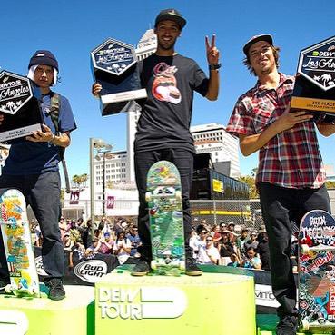 @kelvinhoefler faz a dobradinha e vence no street e no streetstyle no DewTour Los Angeles. Saiba mais e veja trechos das competições em www.qix.com.br  #qixteam #qix #skate #KelvinHoefler #skateboard #skateboarding #DewTour #LosAngeles...