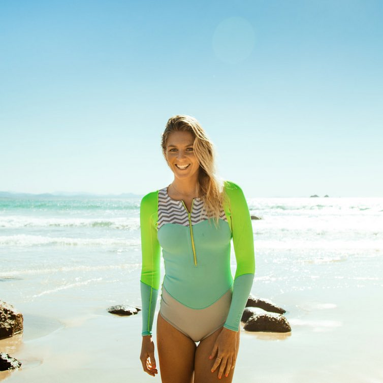 Double tap to congratulate 6x World Champ @stephaniegilmore on her 2015 Waterman of the Year award! Steph is the second female to receive the award, with fellow ROXY team rider and surfing legend @andersenlisa claiming the honor in 2007.  Head to the...