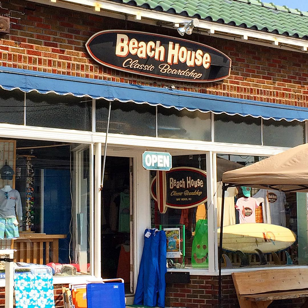 Beach House Classics in beautiful Bay Head, N.J., has the goods from ulu LAGOON. @beachhouseclassics #uluLAGOON #beachculture #beachhouse #coastal #surfwaxcandles #bayhead #nj