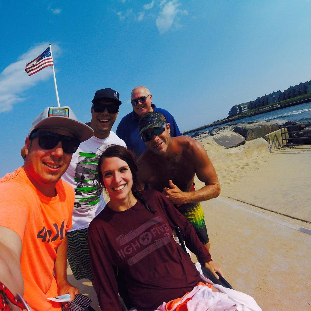 Surfing w/ @opbeachhead & #highfivesathlete @lindseyrunks! Last week she made history by being the first adaptive athlete to ride at #thundermountainbikepark. She is all time!