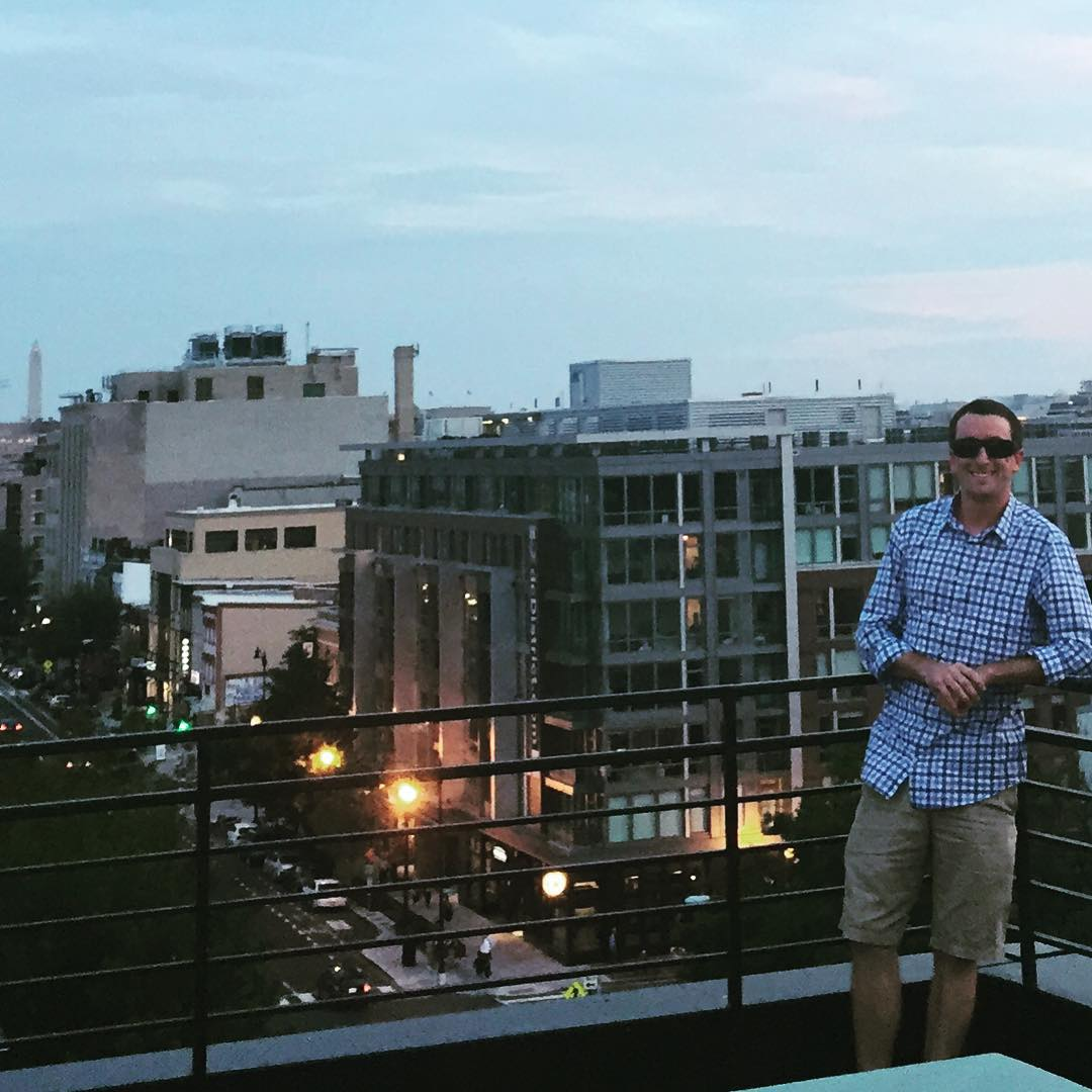 Nice to be back on a #dc rooftop for the sunset #findthesun #waveborn #ifeelhome