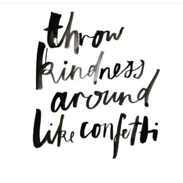 #mondaymantra #bekind #kindnessiscontagious #smile