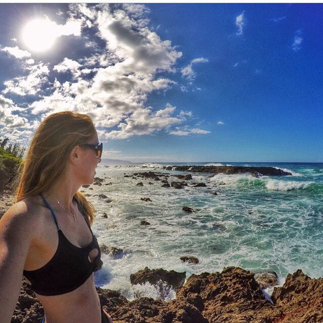 Aloha from @cillajohnson #oceanlovers #hawaii #sensiclaire #outdoorwomen