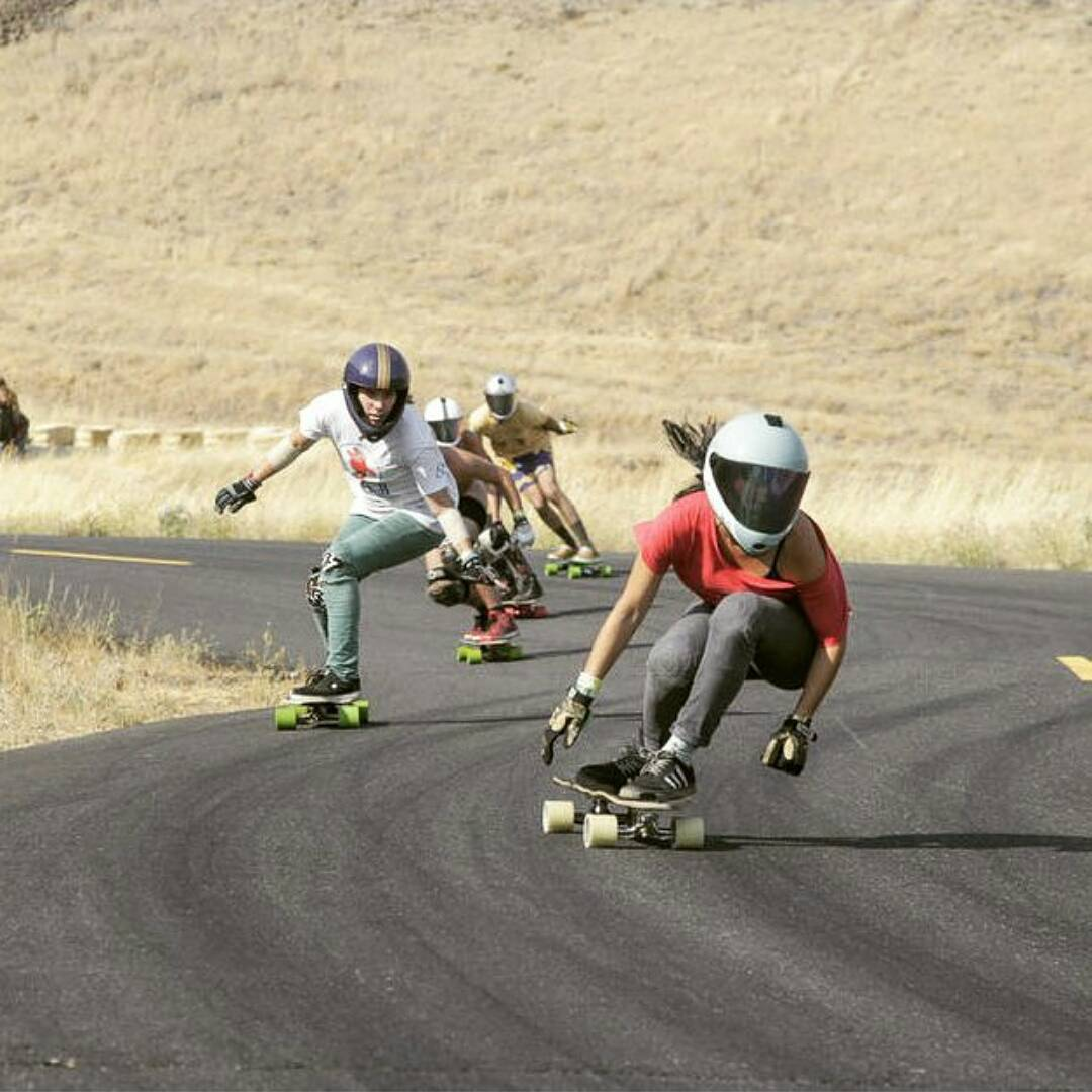 Marisa leading Dizzy and a big pack into the never ending left at the marryhill fundraiser freeride this past weekend.