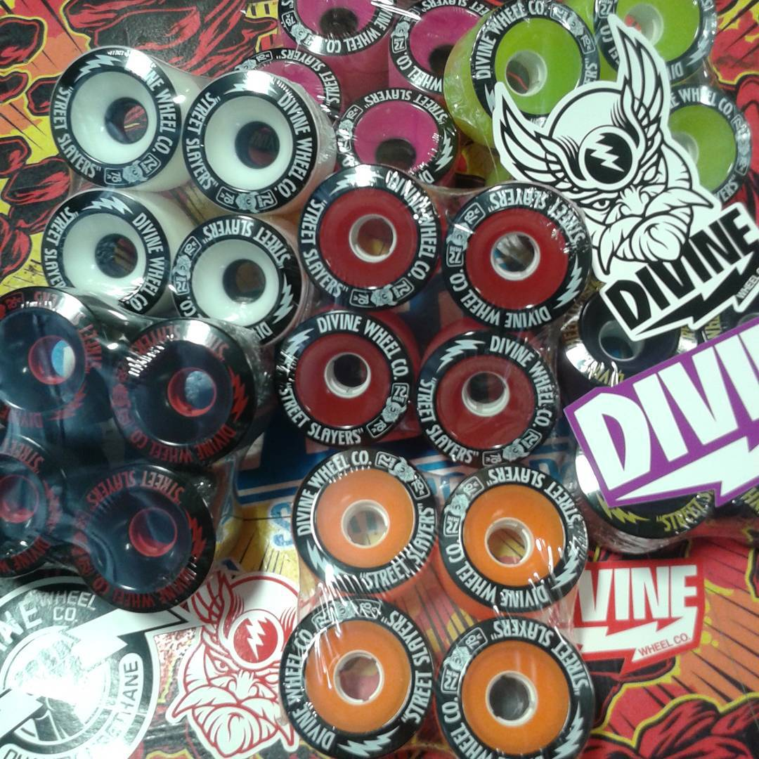 All Divine Street Slayers are Now IN Stock at shop.resourcedist.com!!!! And did you know that every order comes with free @divinewheelco stickers!! #streetslayers #divinewheelco