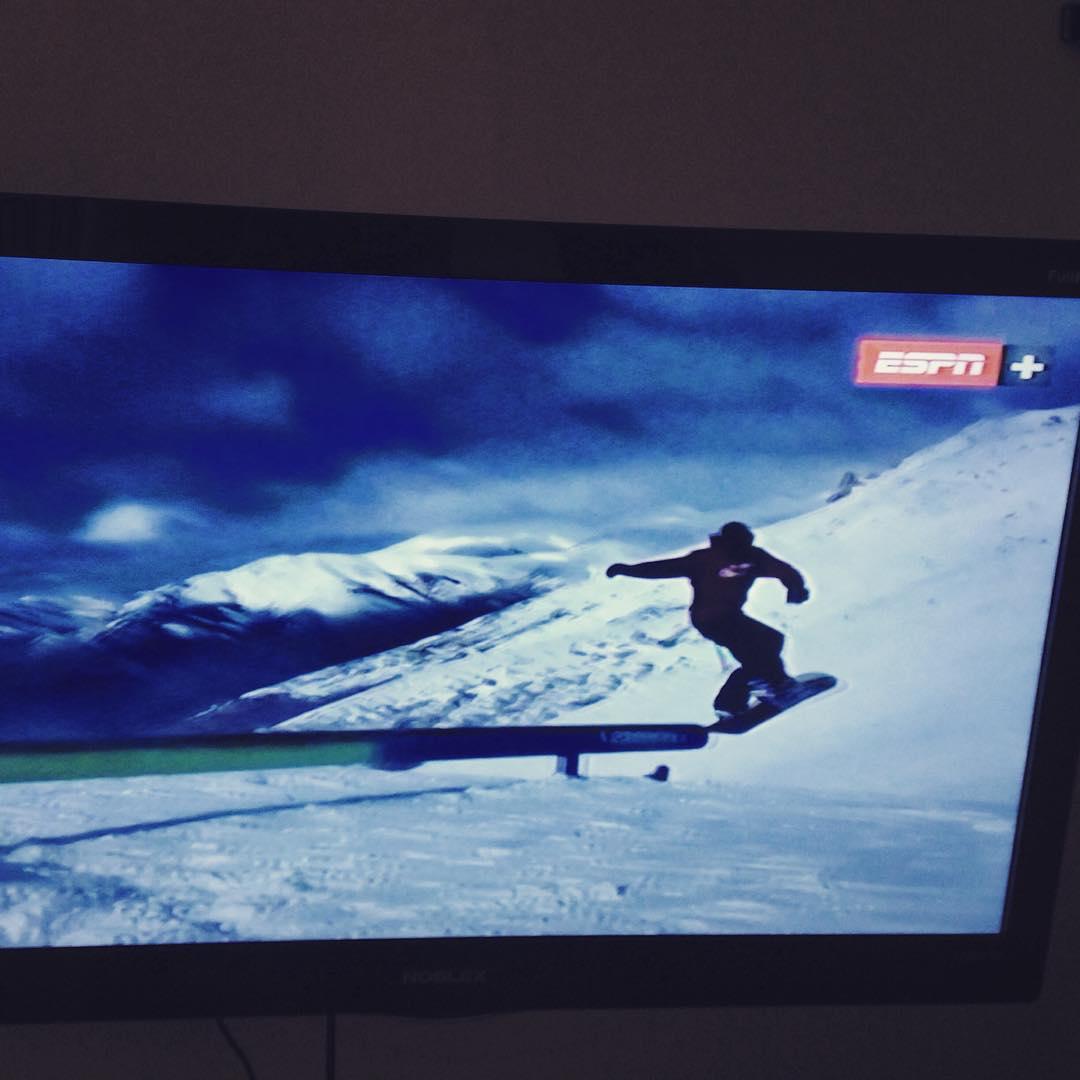 NOW! La foto no lo refleja pero gran aparición de @gastonverkuyl en el programa #snowtime de @espn