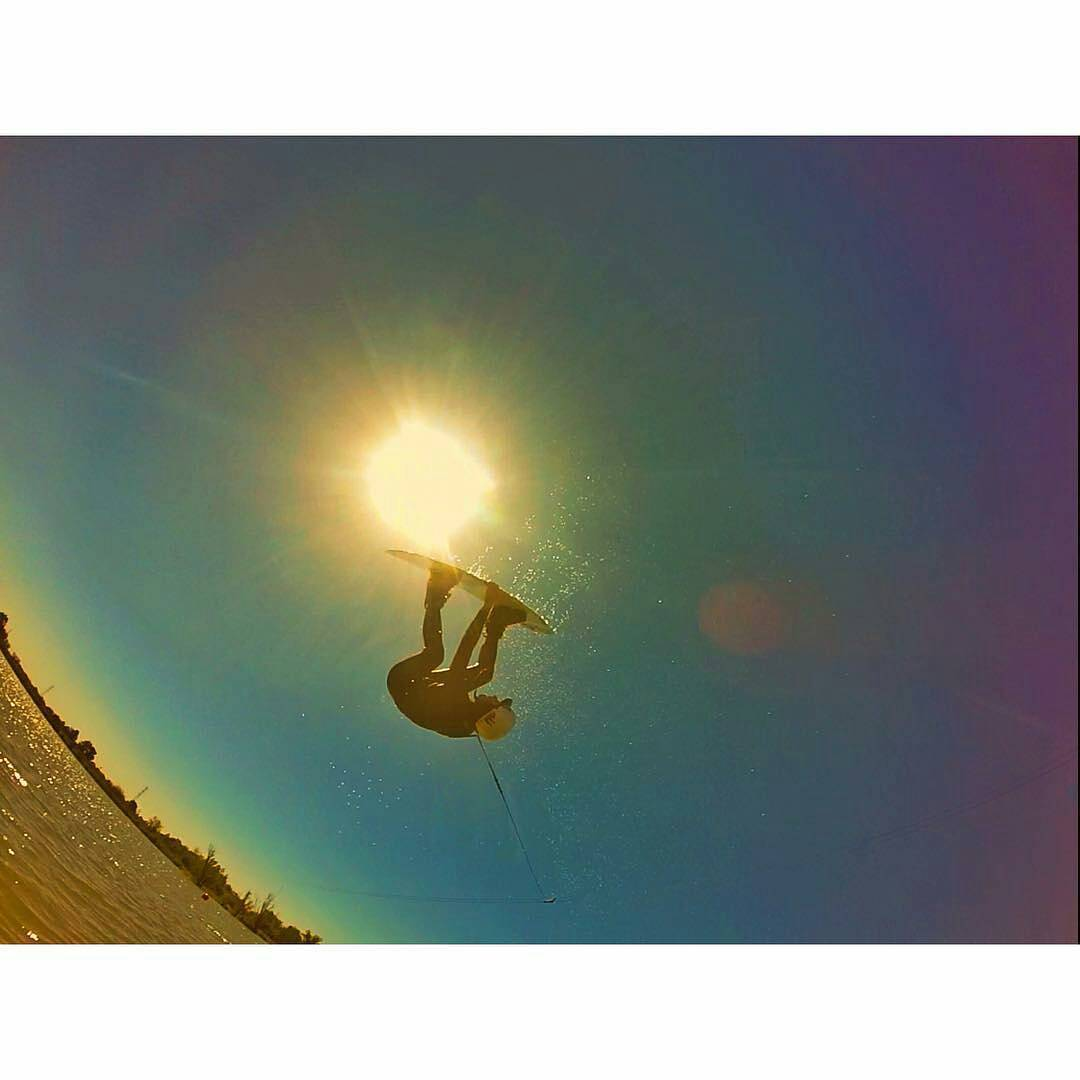 @sofygrimauu - Winter vibes ✌#wakeboard #wakeboarding #wake #cablepark #cablewakepark #boardsports #winter2015 #ReefTeam #JustPassingthrough