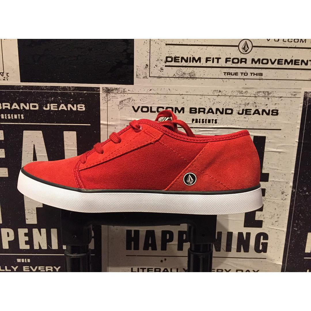 Nuevo en #VolcomStore Grimm Red Line  #SS16 Verano #VolcomFootwear