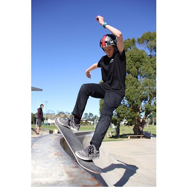 AUS @boardstoreshop 's @rileybuckland jammin a smith grind on a tight ledge . Riley is wearing the S1 x El Gato Lifer Helmet . @eddieelguera @s1helmetsaus  #s1lifer #s1helmets #skatetheworld #smithgrind