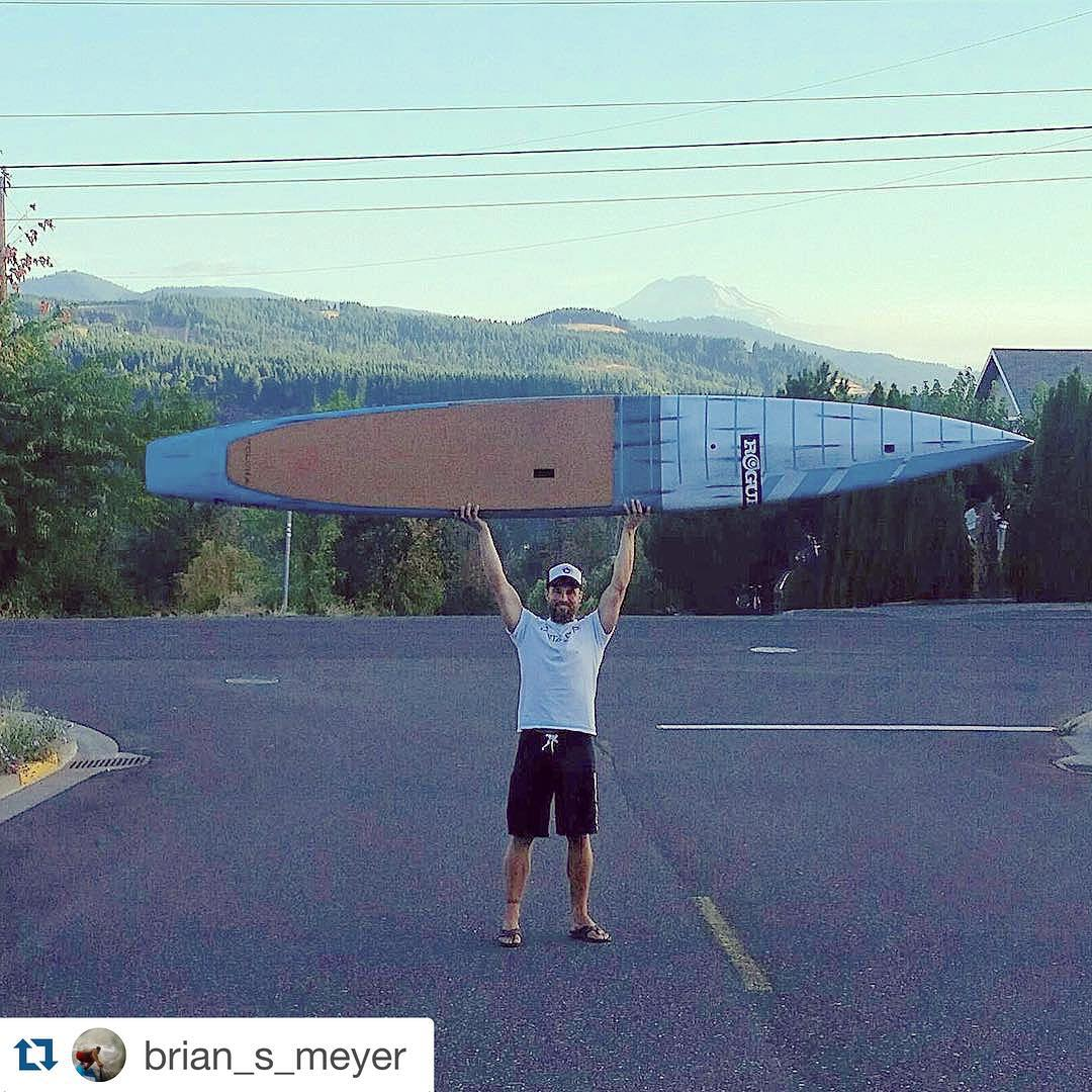 #Repost @brian_s_meyer ・・・ Good morning from Hood River, OR