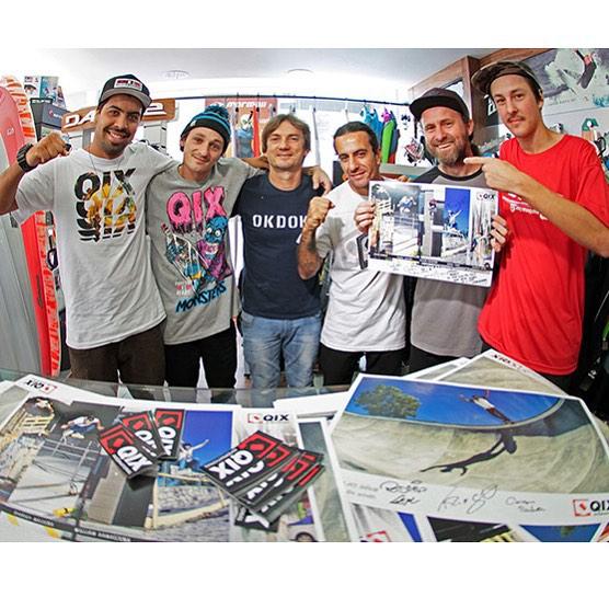 @caiquesilvaskt @thiagopingo e @rodrigoleal visitaram a loja Life Skate Wear em Brusque - SC. Veja mais fotos em www.qix.com.br  #qixteam #qix #skate #skateboard #skateboarding #visita #Brusque #Brasil #skateboardminhavida