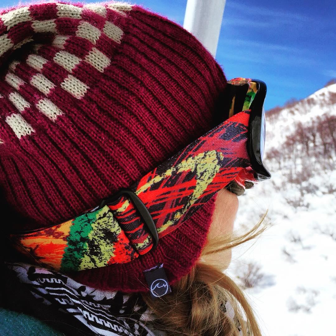 Todavía no te fuiste a la nieve. No dudes en llevarte tu #UWBeanie, ultimos a 150$!! Conseguilos en www.underwavebrand.com