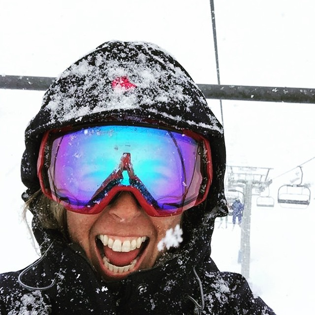 Our gal @tahomajillian is SLAYING pow in Portio right now. Dreaming of that winter to come and staying stoked in the meantime! #sisterhoodofshred #onlyinportillo #powday!