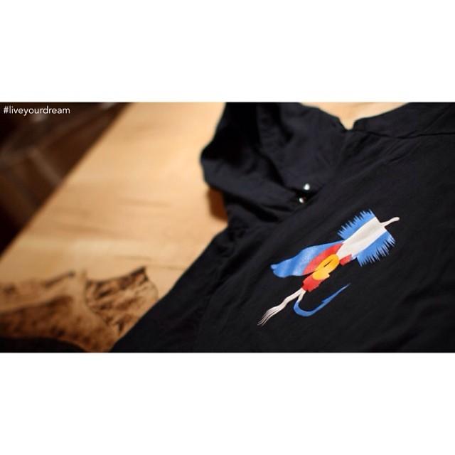 #colorado #flyfishing #hoodie #giveaway #kinddesign #liveyourdream