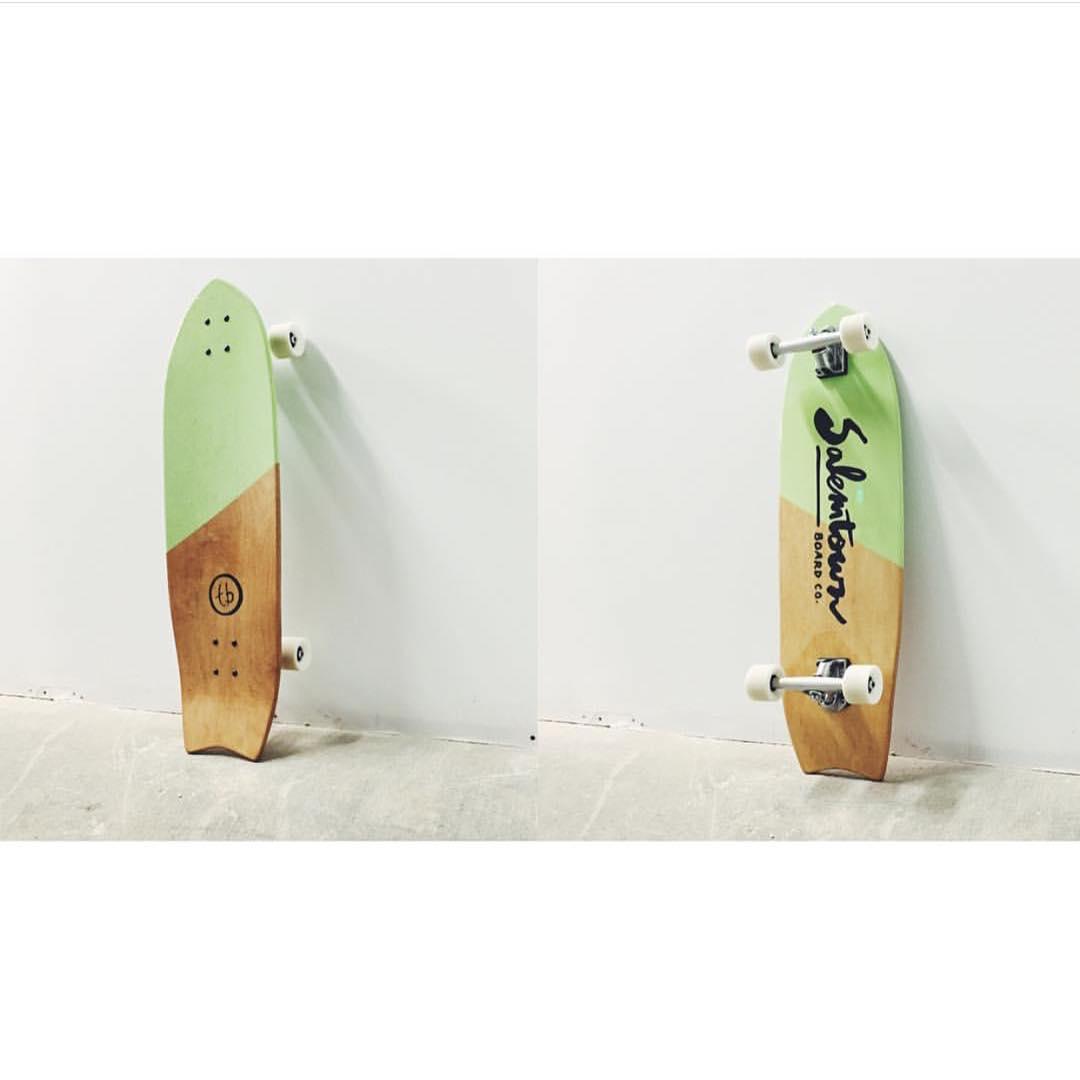 Here's a custom we did for @_tayblay #handmadeskateboard