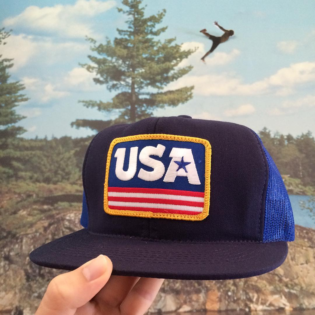Have you ever seen a finer cap? Probably not. That's why we chose this awesome collab as our #coalheadwear weekend hat pick! Navy/Royal available now for all your patriotic needs.